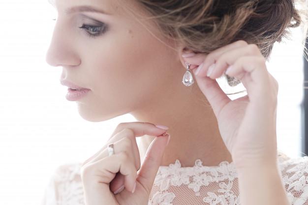 bride-her-wedding-dress_144627-15143