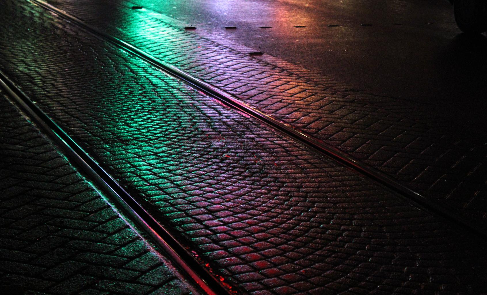 cesta, koľaje, mesto